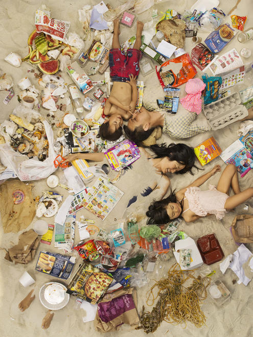 Gregg Segal, 7 Days of Garbage - Michael, Jason, Annie and Olivia, Syngenta Photo Award