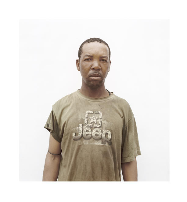 Claudio Rasano, from the series Trolley Pushers JHB, Syngenta Photo Award